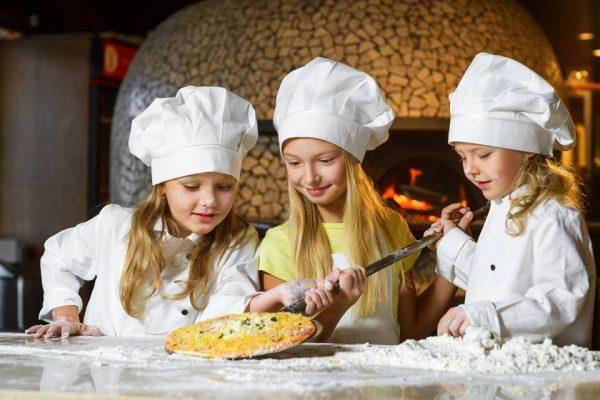 Banana Island Resort Doha Offers Italian Culinary Arts Classes – Indulge in the Taste of Italy!