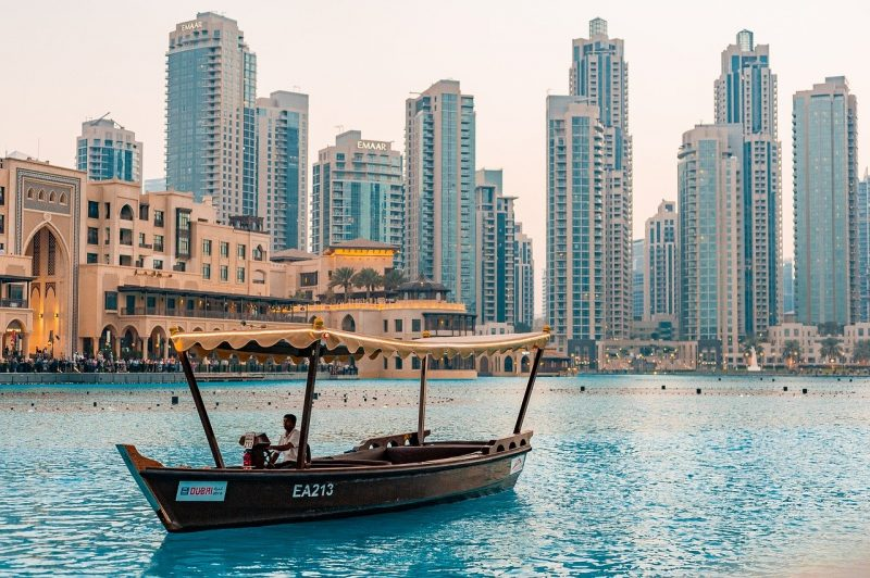Dubai Signs Up with Hollywood Stars to Promote Dubai Tourism