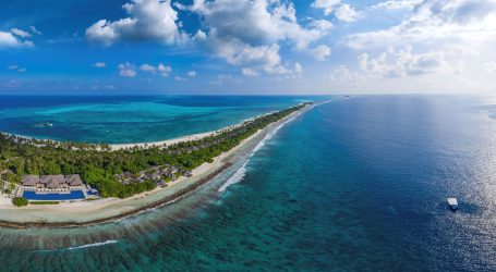 Holiday Season Boosts Maldives Tourism