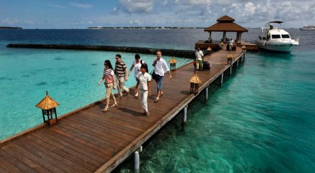 Tourism Recovers in the Maldives as the Wealthy Take a Break from the Pandemic