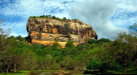 Sri Lanka to introduce new tourist zones to revive tourism – An attempt to revive the industry