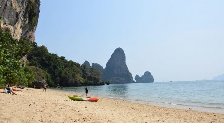 Thailand's plan to reopen for vaccinated visitors sparks hope of tourism revival – Happy times are back!
