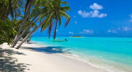 The Maldives Looks to Attract More Investors – Country Auctions Certain Islands